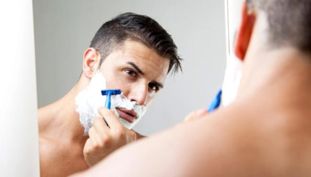 201607271318572406_men-do-know-about-shaving_SECVPF