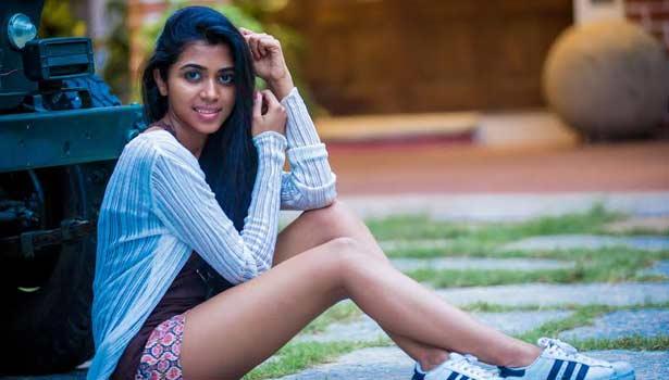 201608021712299266_Lovelyn-Make-her-debut-in-Tamil-Cinema_SECVPF