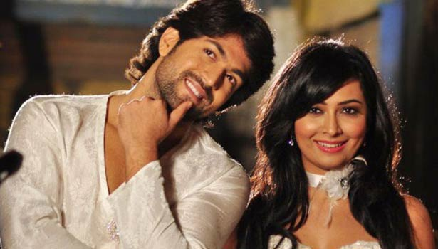 201608121053100254_kannada-Actor-Yash-Radhika-Pandit-love--marriage_SECVPF