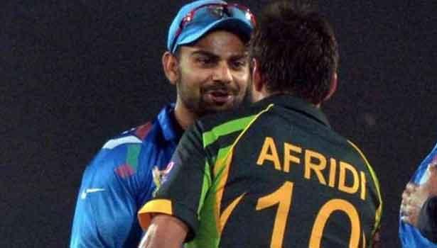 201704191837089579_India-team-gives-former-Pakistan-skipper-Shahid-Afridi_SECVPF