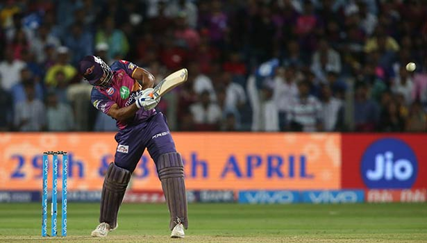 201704221954470704_Dhonis-smashes-pune-beats-hyderabad-by-6-wickets_SECVPF