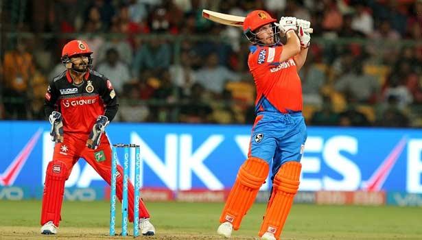 201704272350253185_Gujarat-Lions-beats-Bangalore-by-7-wickets_SECVPF