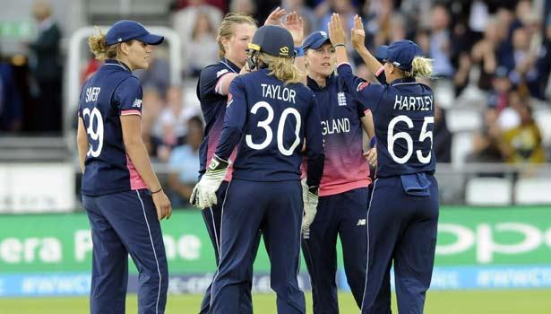 201707232256218307_women-Cricket-world-England-beat-India-by-nine-runs-to-win_SECVPF