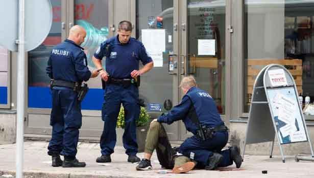 201708192134313657_Police-arrest-five-in-raid-after-Finland-stabbing-spree_SECVPF