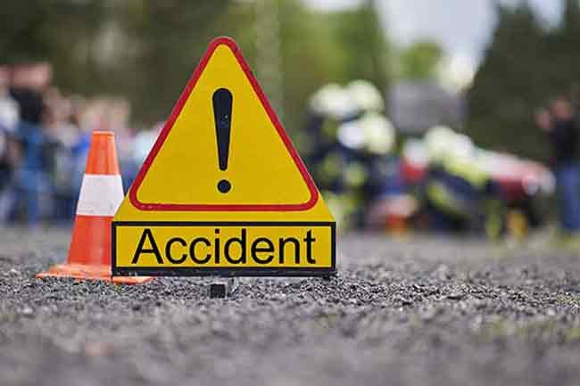 1519490894-accident-L