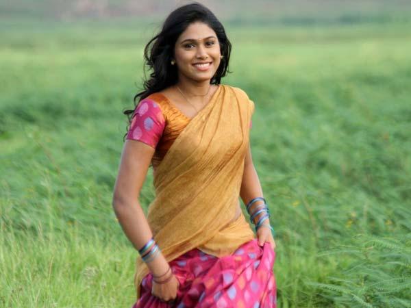 31-1427800718-manisha-yadav-112-600
